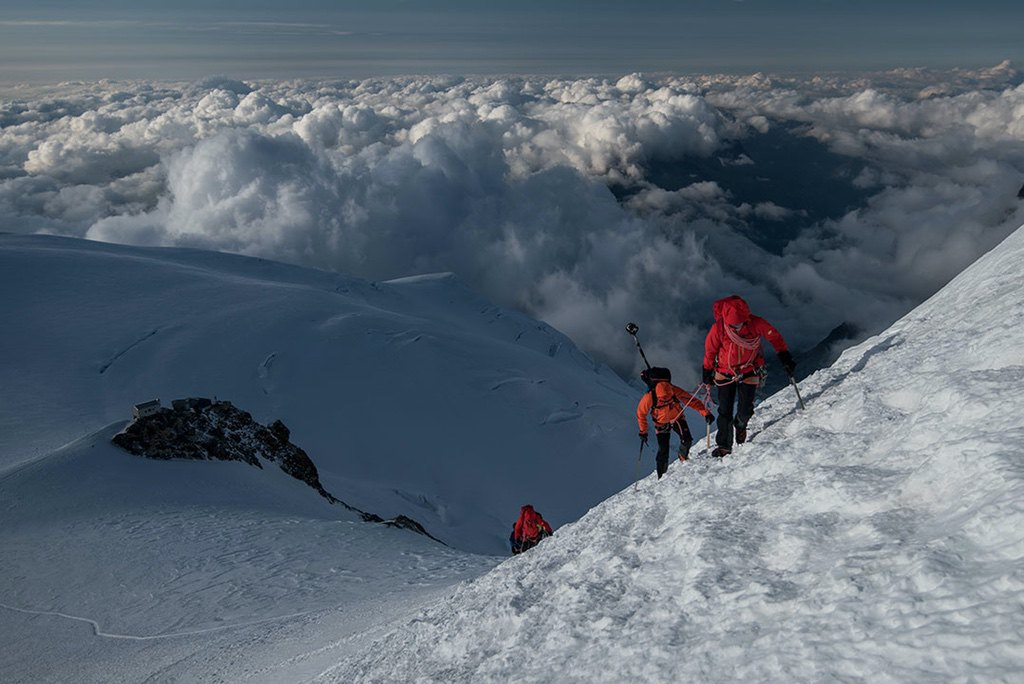 Mont Blanc Seilschaften Bosses Grat / Foto: Julian Rohn