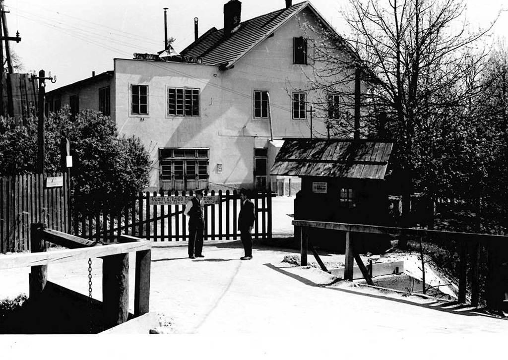 Elan First Building