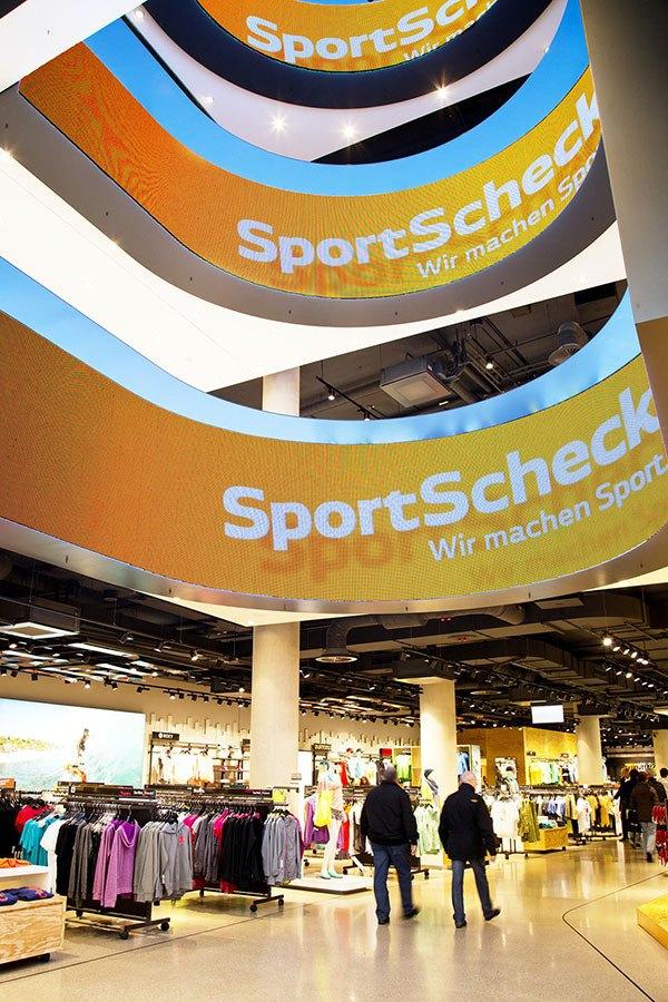SportScheck Flagship Multimediascreens